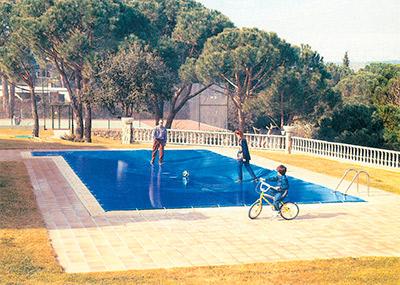 Lonas para piscinas en León 1